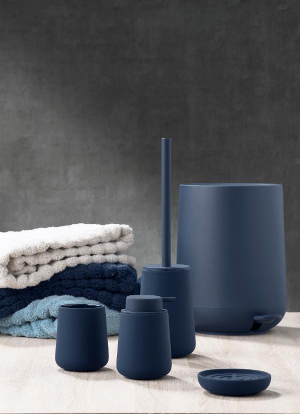 Badserie-Nova-von-Zone-Denmark-in-royal-blue57ff98ed14d1e