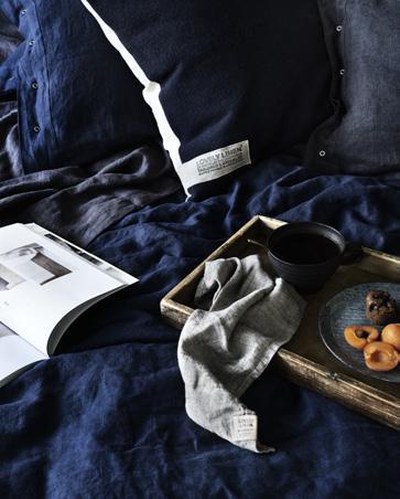 Bettw-sche-aus-Leinen-in-midnight-blue-von-Lovely-Linen