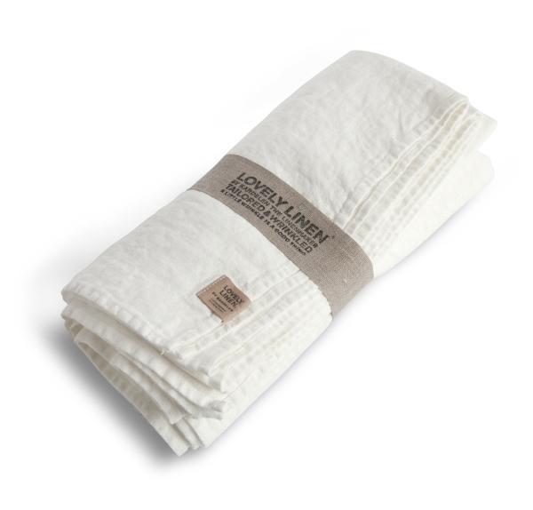 Buegelfreie-Tischdecken-und-Servietten-von-Lovely-Linen in off-white