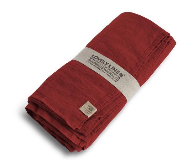 Buegelfreie-Tischdecken-und-Servietten-von-Lovely-Linen in real red