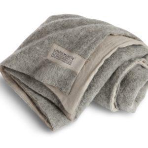 Couchdecken-Rustik-von-Lovely-Linen2