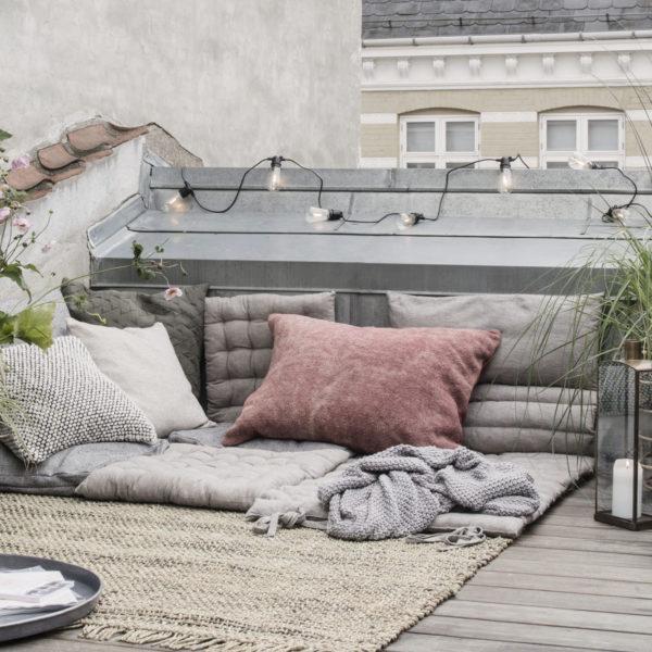 House-Dcotor-Outdoor-Matraze3