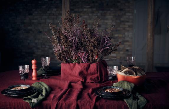 Lovely-Cabernet-Tischdecken-von-Lovely-Linen