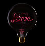 MITB-deco-bulb-love-red-smoke