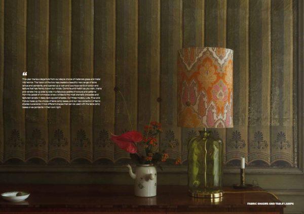 Pillar-Tischlampe-mit-Lampenschirm