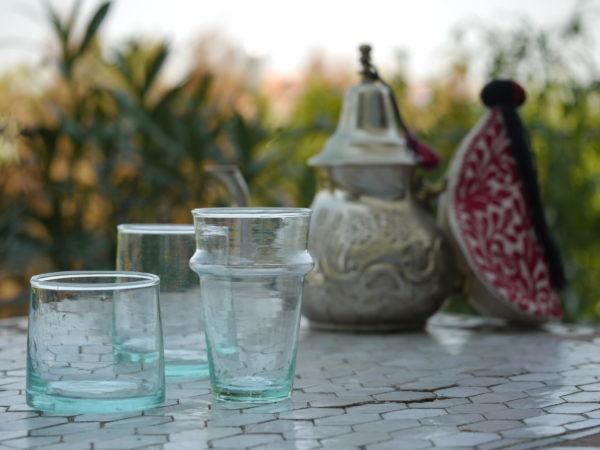 Teegl-ser-und-Trinkgl-ser-aus-Marokko
