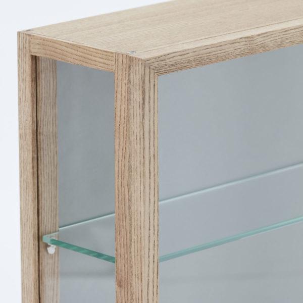 Vitrinenschrank Wood Siena Detail