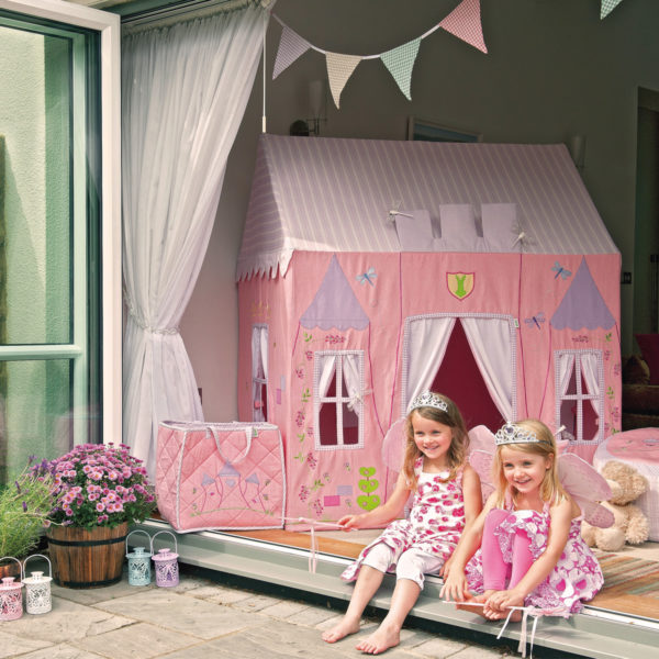 princesscastle-girlssitting