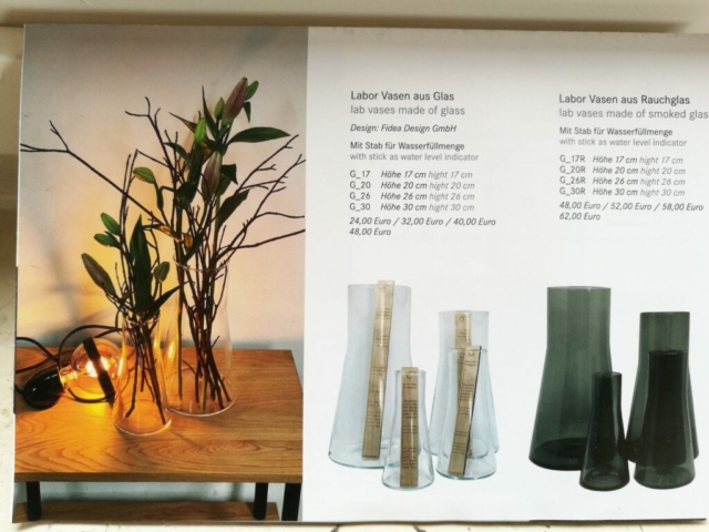 Dekorative Blumenvasen in Rauchglas